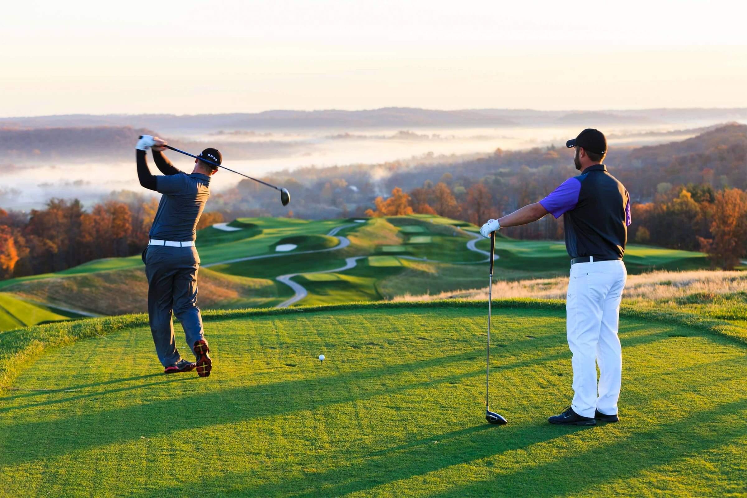 cât durează un meci de golf