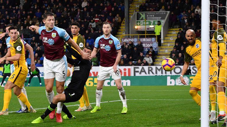 Brighton vs Burnley ponturi pariuri - Anglia Premie League - 09 februarie 2019 1